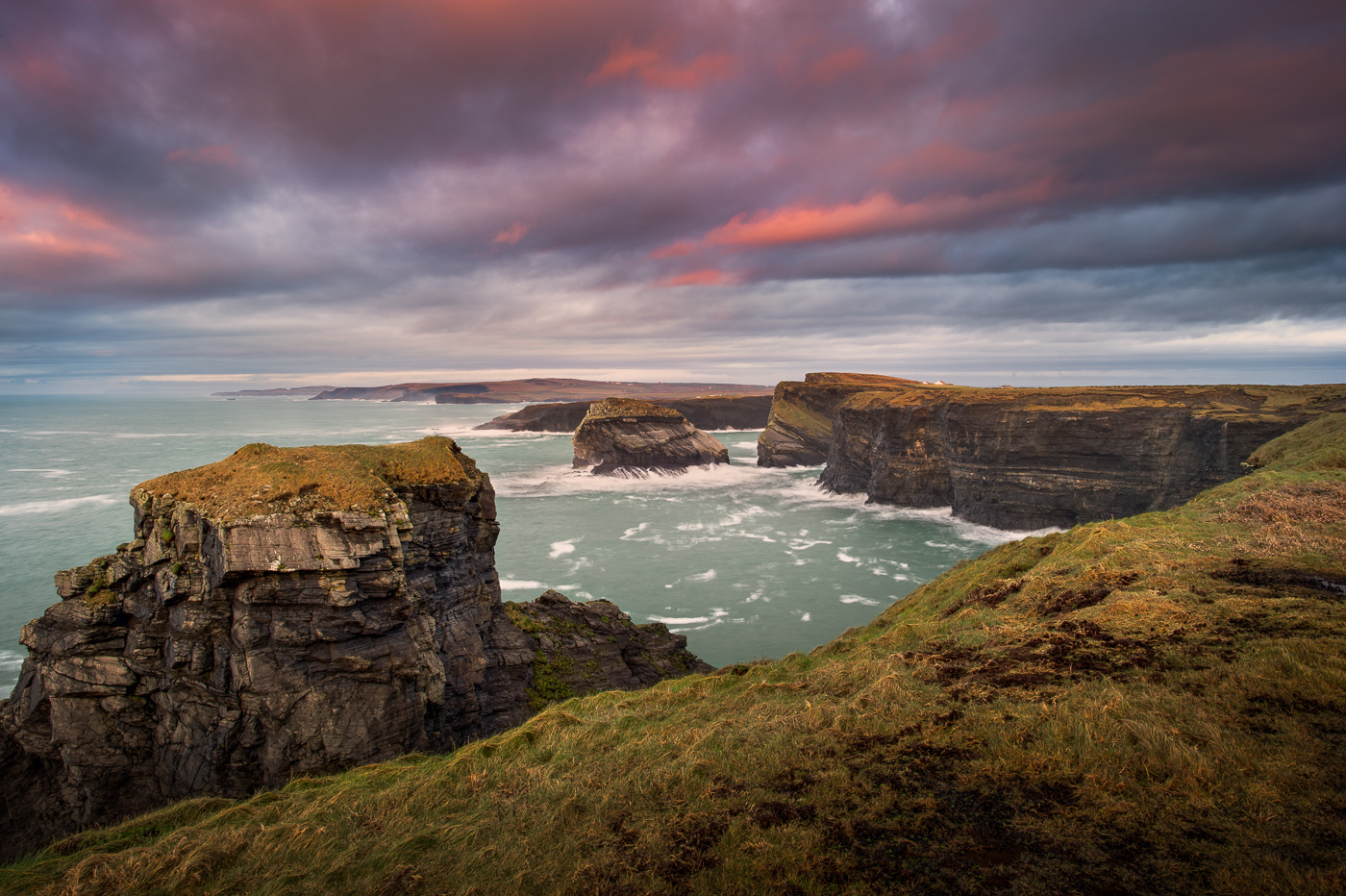 kilkee cliffs county clare