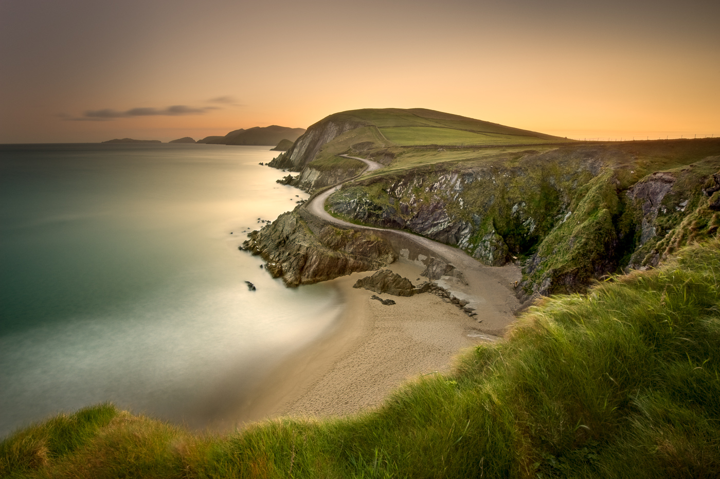 coumeenole beach dingle