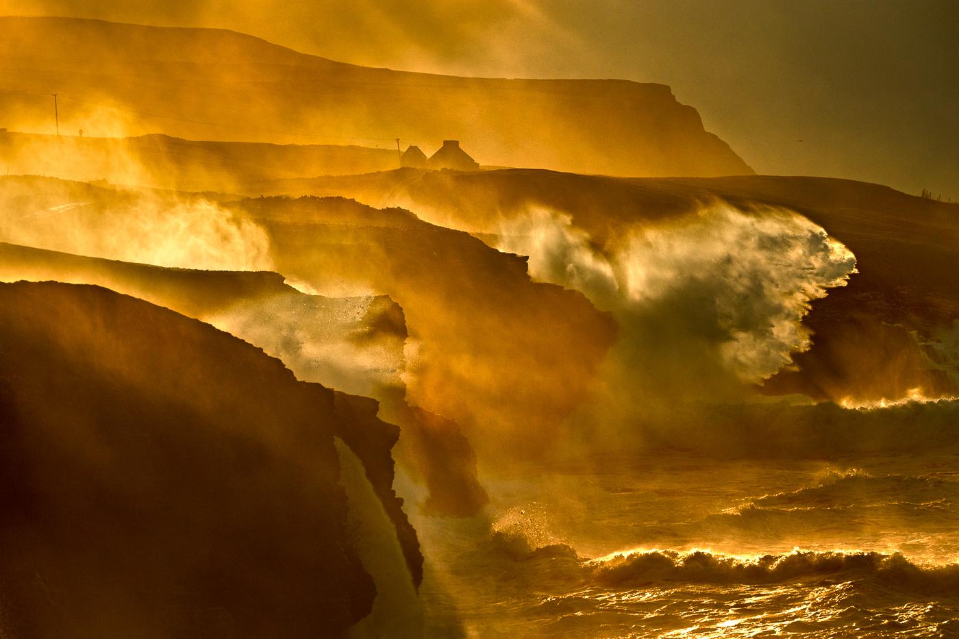 doolin cliffs waves
