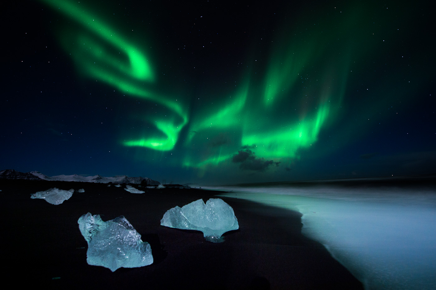 northern light black sand ice