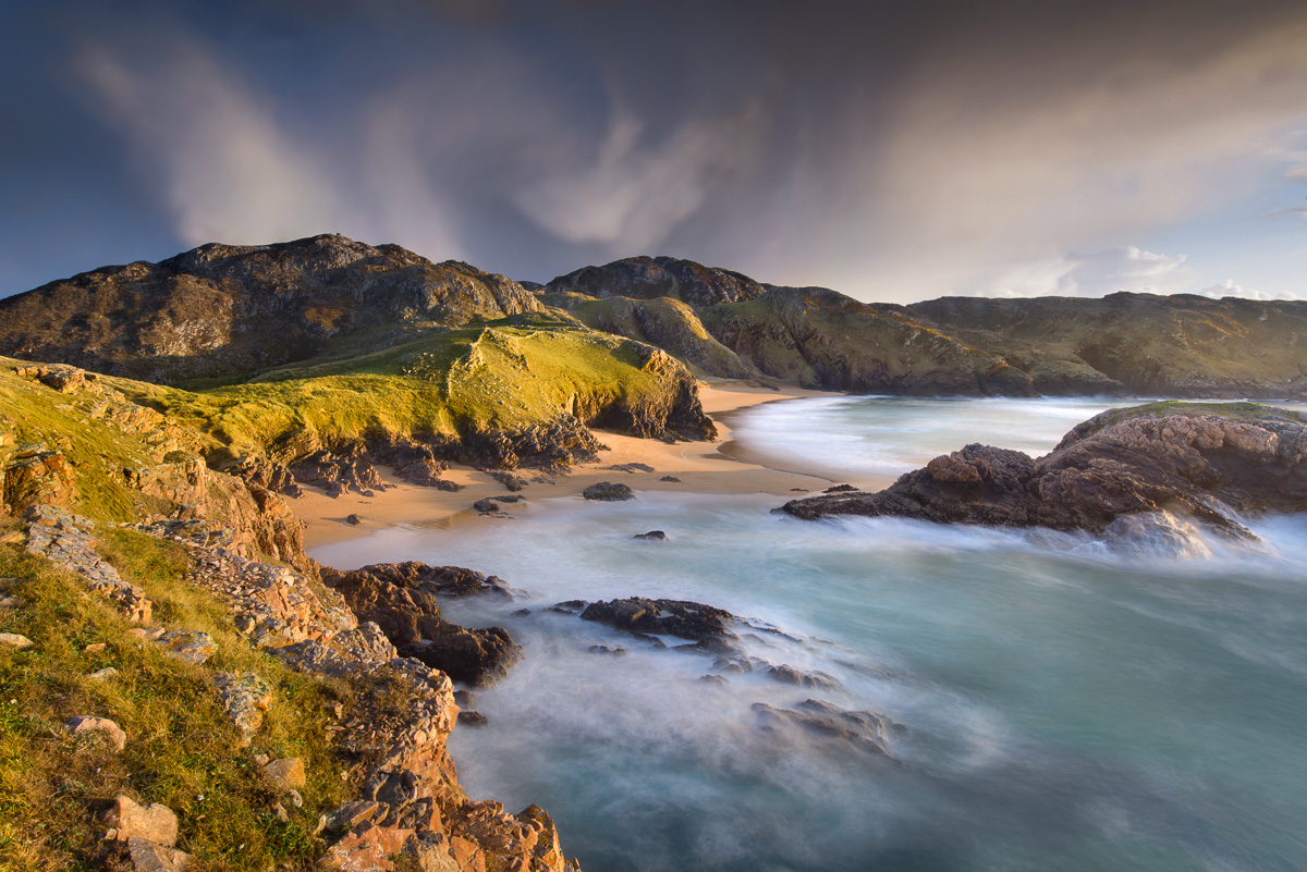 wild_irish_coastline_donegal