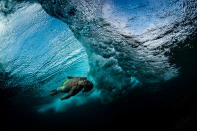 underwater body surfing fernando stalla
