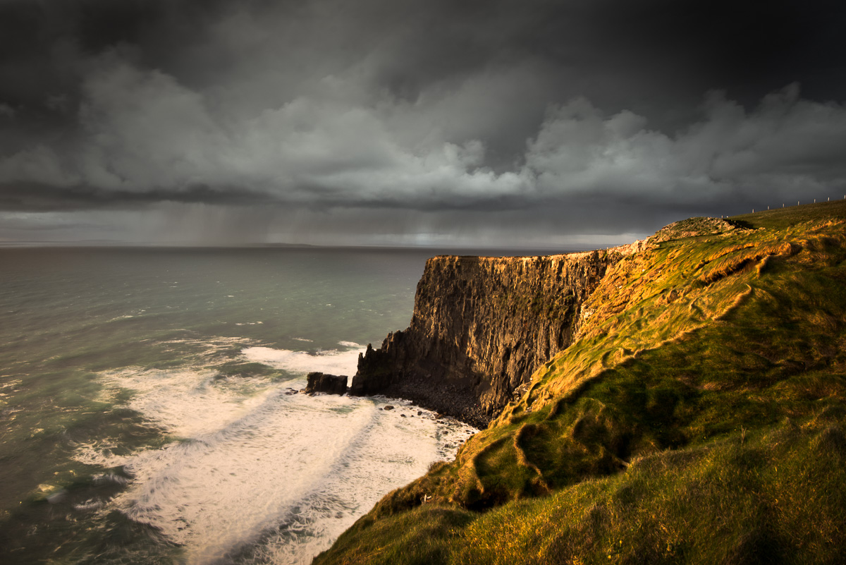 cliffs_storm_ireland