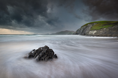 coumeenoole beach dingle peninsula