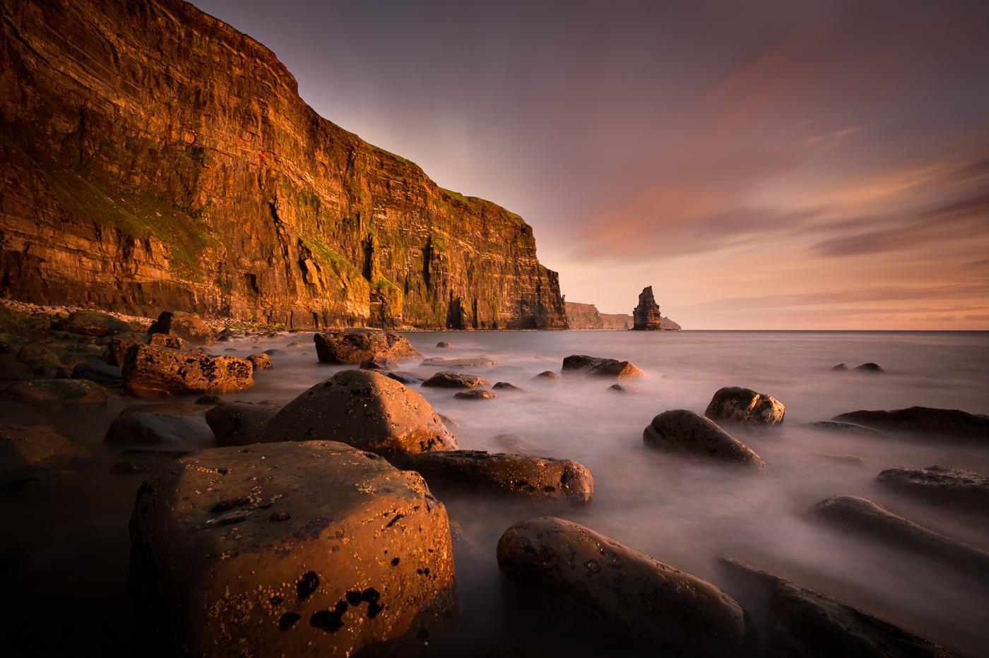 beach cliffs of moher