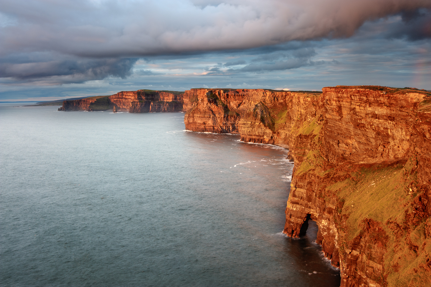 cliffs of moher hag's head