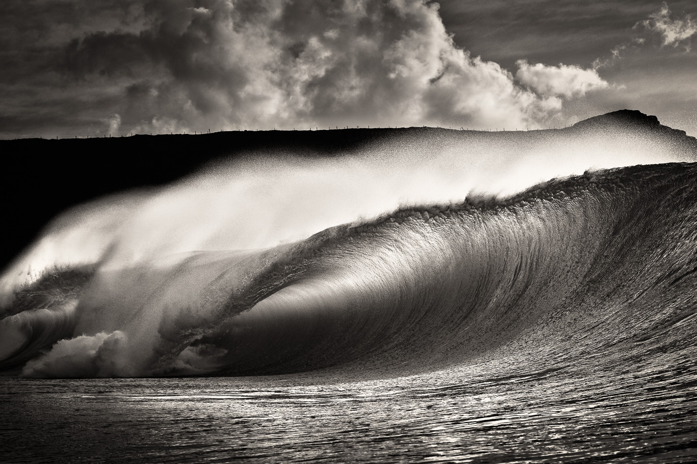 rileys_wave_black_and_white