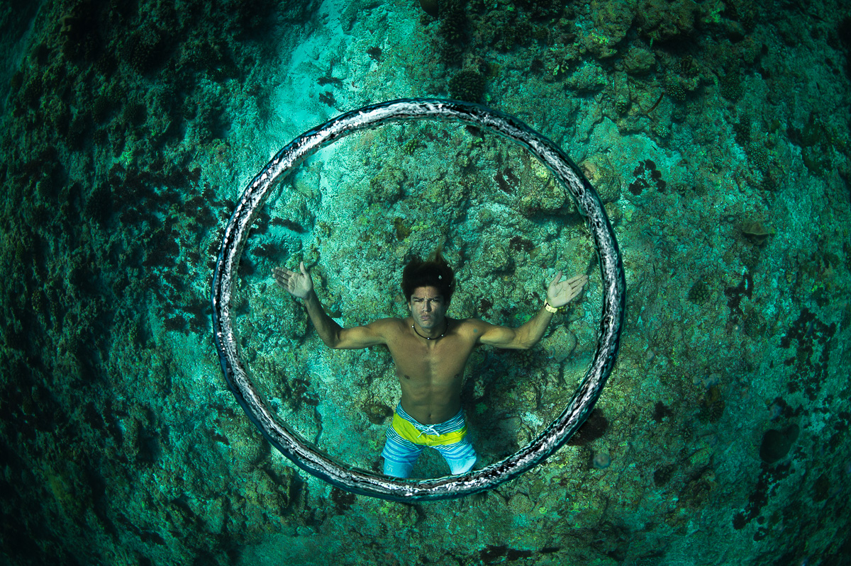 blow underwater bubble rings  without mask