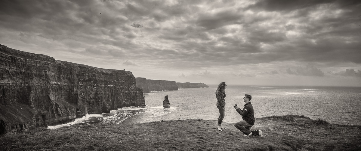 wedding proposal photos at Clliffs of Moher