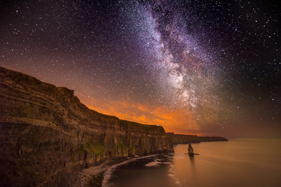 milky way at Cliffs of Moher
