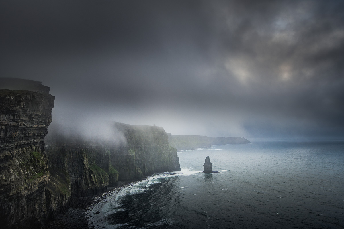 misty cliffs o Moher